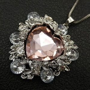 BETSEY JOHNSON~ Large Crystal heart Necklace